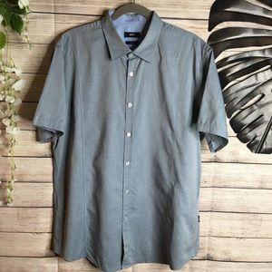 Hugo Boss slim fit buttons down shirt size 2XL